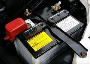 バッテリー(Panasonicカオス)交換を1万円安くする裏技|イエローハットより