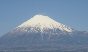 令和2年「初日の出と富士山と海」は駿河湾