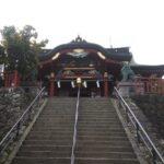 アリジゴクの巣が沢山ある東京都内の御嶽(みたけ)神社